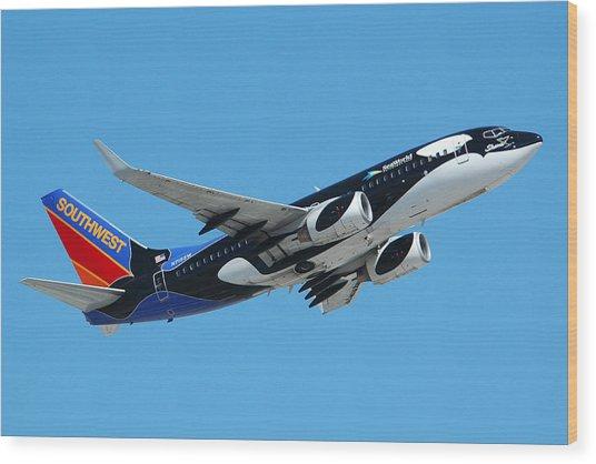 Southwest Boeing 737 Shamu At Sky Harbor April 13 2006 Wood Print