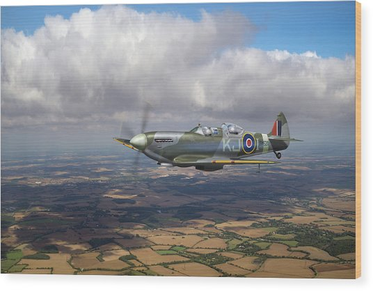 Wood Print featuring the photograph Spitfire Tr 9 Sm520 by Gary Eason