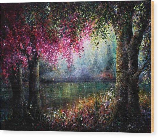 Splendour Wood Print by Ann Marie Bone