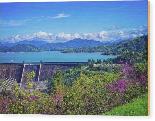 Springtime At Shasta Lake Dam Wood Print