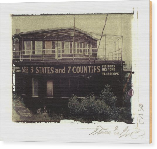 S.s. Grand View Hotel...ship Of The Alleghenies Prow Wood Print by Steven  Godfrey