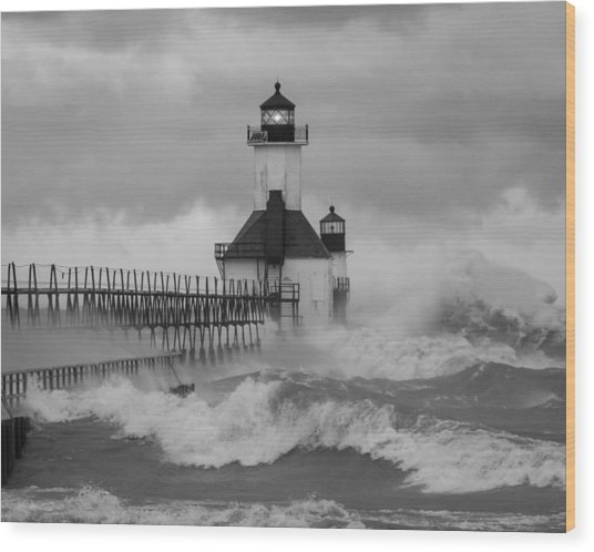 St. Joseph North Pier Lighthouse Wood Print