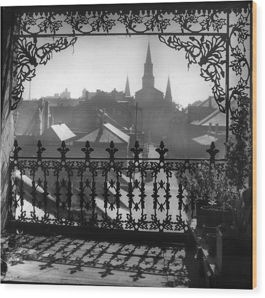 St Louis Cathedral In Frame Wood Print