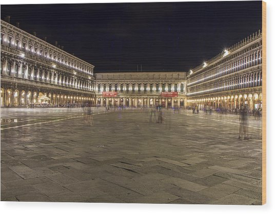 St. Mark's Square Wood Print by Rick Starbuck
