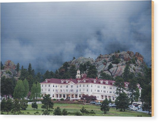 Stanley Hotel At Estes Park Wood Print