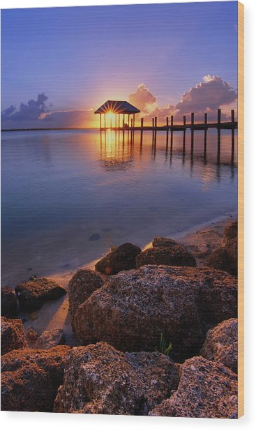Starburst Sunset Over House Of Refuge Pier In Hutchinson Island At Jensen Beach, Fla Wood Print