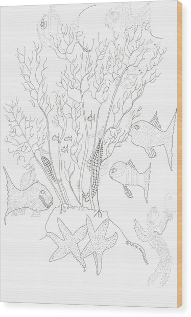 Starfish Dance And Fish Camouflage Wood Print