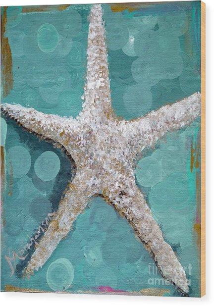 Starfish Goldie Wood Print