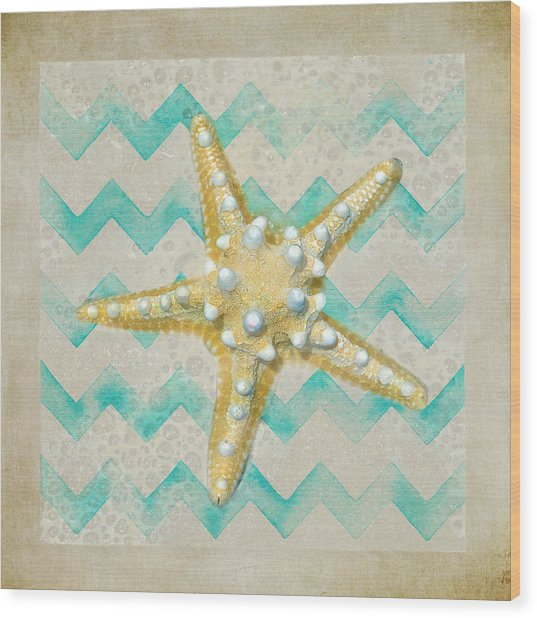 Starfish In Modern Waves Wood Print