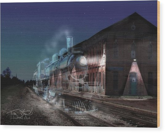 Stars And Station Lights Wood Print by Tom Straub