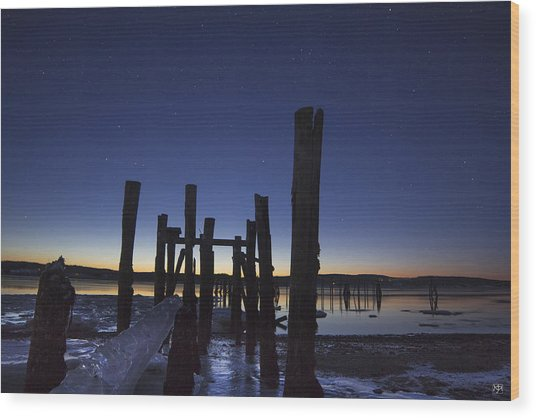 Stars At Sandy Point Sunrise  Wood Print