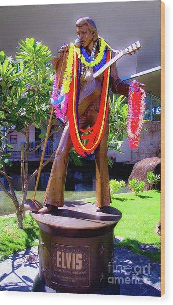 Statue Of, Elvis Presley - Honolulu, Hawaii  Wood Print by D Davila