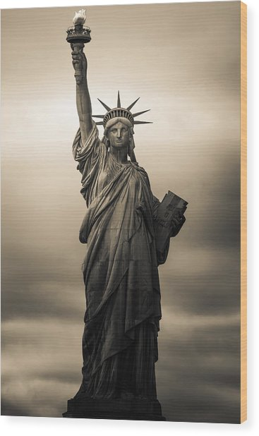 Statute Of Liberty Wood Print