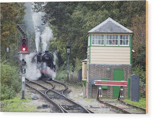 Steam Engine Approaching Alton Wood Print