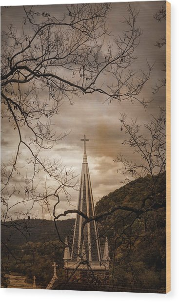 Steeple Of Time Wood Print