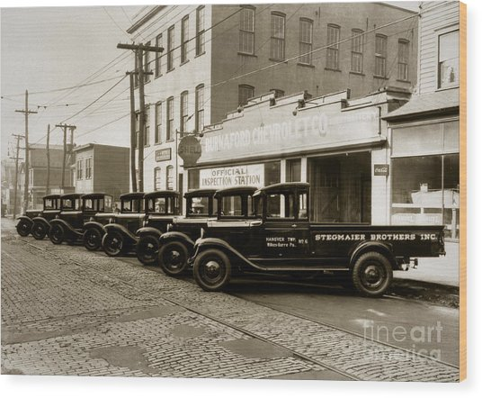 Stegmaier Brothers Inc Beer Trucks At 693 Hazle Ave Wilkes Barre Pa 1930s Wood Print