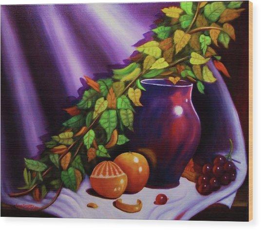 Still Life W/purple Vase Wood Print