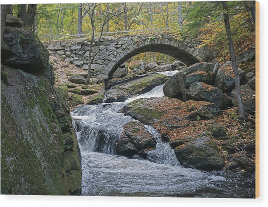 Stone Arch Bridge In Autumn Wood Print