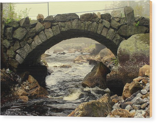 Stone Arch Up Close Wood Print by Lois Lepisto