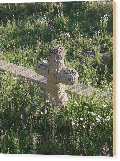 Stone Cross Wood Print by Peter  McIntosh