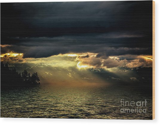 Storm 4 Wood Print