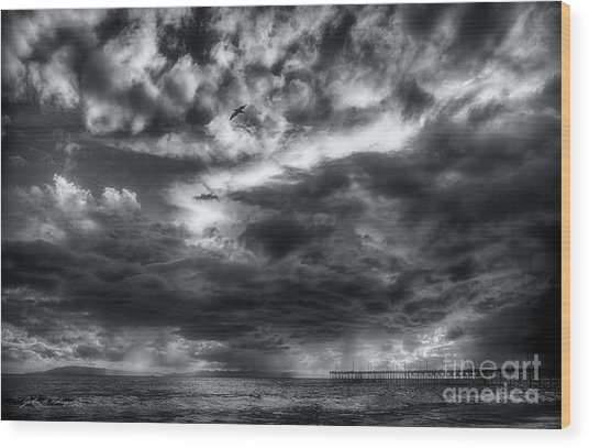 Storm Clouds Ventura Ca Pier Wood Print