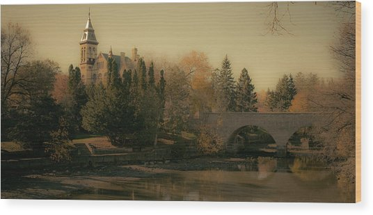 Stratford Courthouse Wood Print