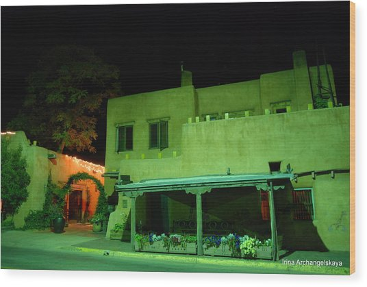 Street Building In Santa Fe Wood Print
