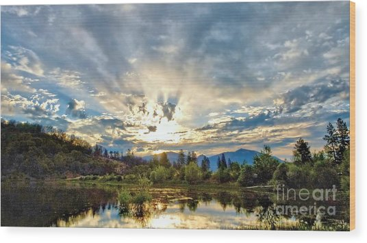 Sumer Solstice Sunrise Wood Print