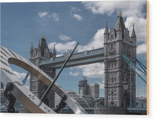 Sun Clock With Tower Bridge Wood Print