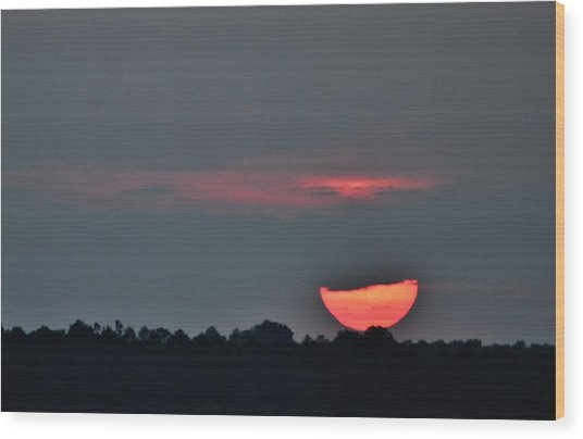 Sun Going Down Wood Print