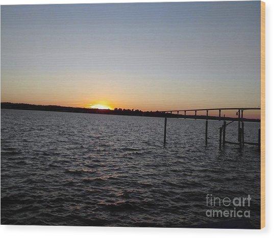 Sun Going Down Near Gov Thomas Johnson Bridge Wood Print