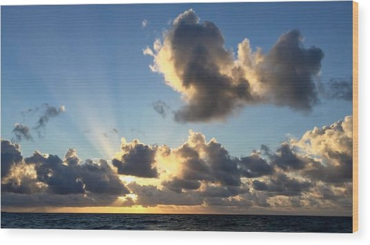 Sun Rays And The Cloud Wood Print