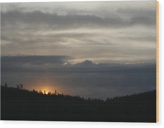 Sun Rises On Ridge Wood Print