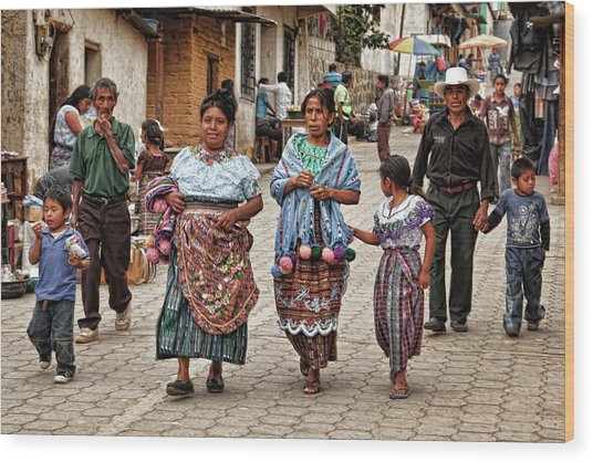 Sunday Morning In Guatemala Wood Print