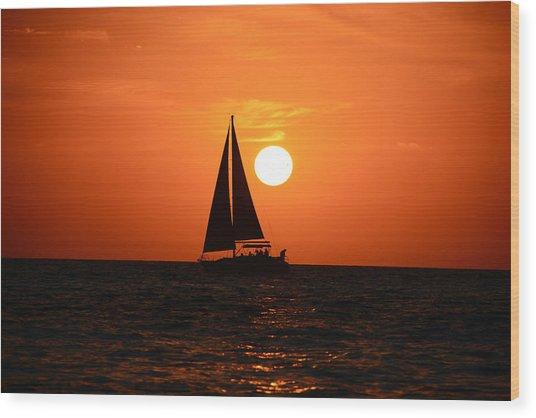Sundown Sailors Wood Print