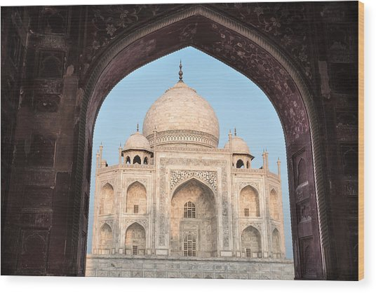 Sunrise Arches Of The Taj Mahal Wood Print