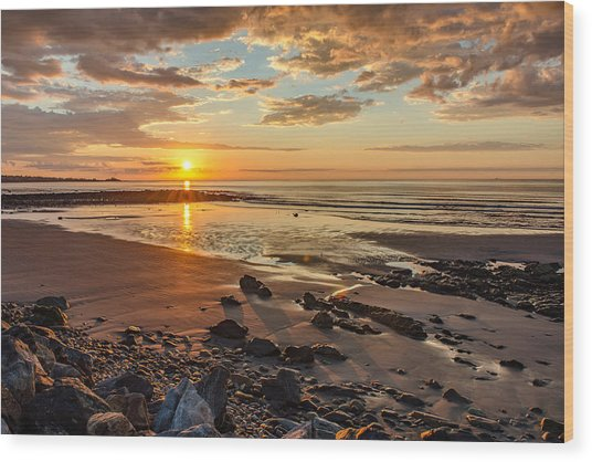 Sunrise At Long Sands Wood Print