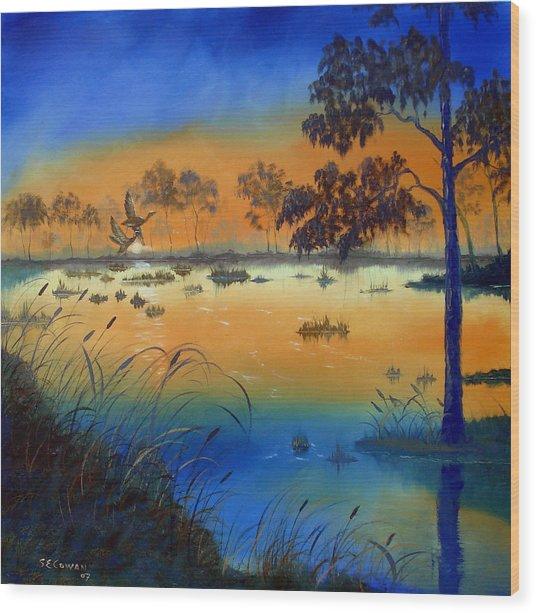 Sunrise At The Lake Wood Print by SueEllen Cowan