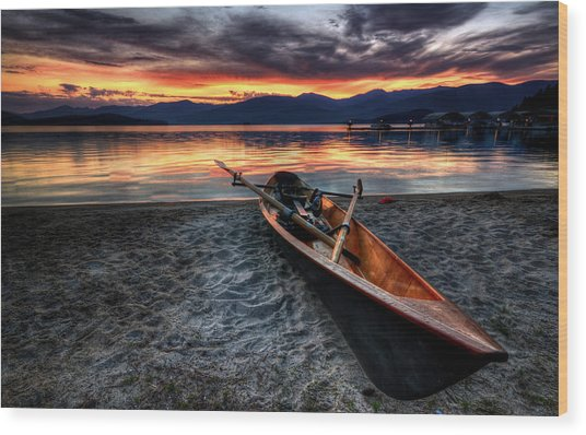 Sunrise Boat Wood Print