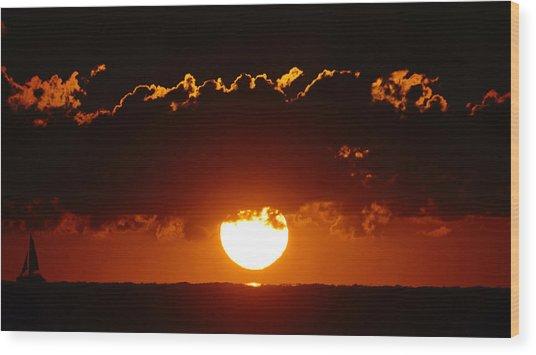 Sunrise Crown Wood Print