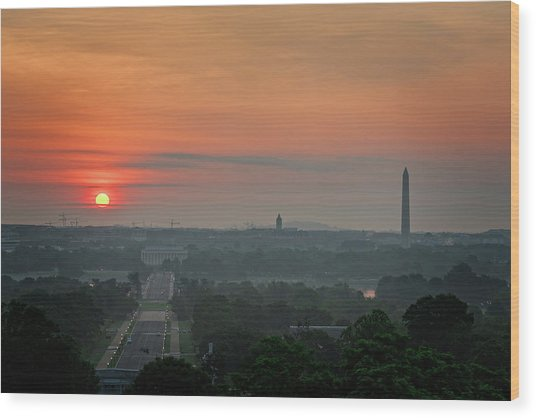 Wood Print featuring the photograph Sunrise From The Arlington House by Cindy Lark Hartman