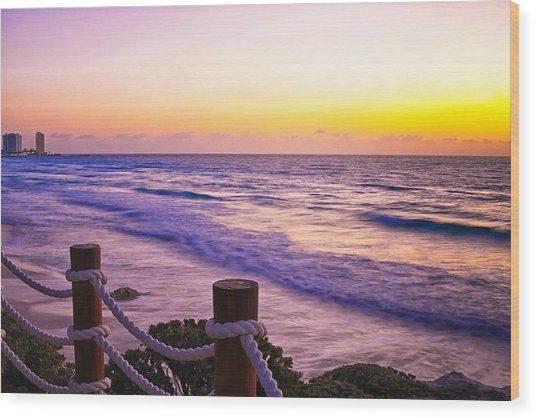 Sunrise In Cancun Wood Print