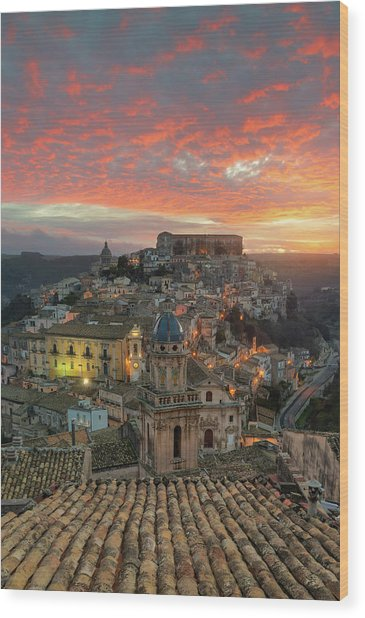 Sunrise In Ragusa Ibla Wood Print