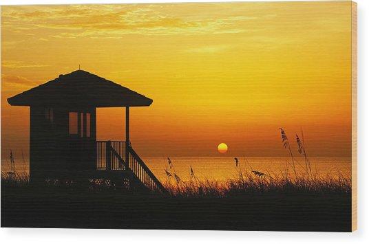 Sunrise Lifeguard Station Wood Print