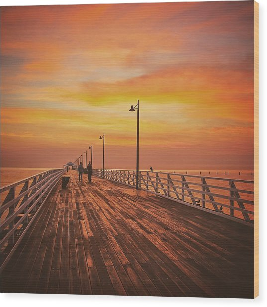 Sunrise Lovers Wood Print