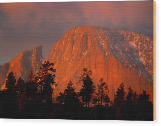 Sunrise On Long's Peak Wood Print by Perspective Imagery