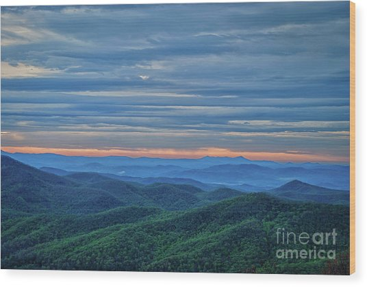 Sunrise On The Parkway Wood Print