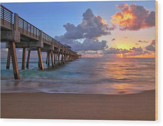 Sunrise Over Juno Beach Pier In Florida Wood Print