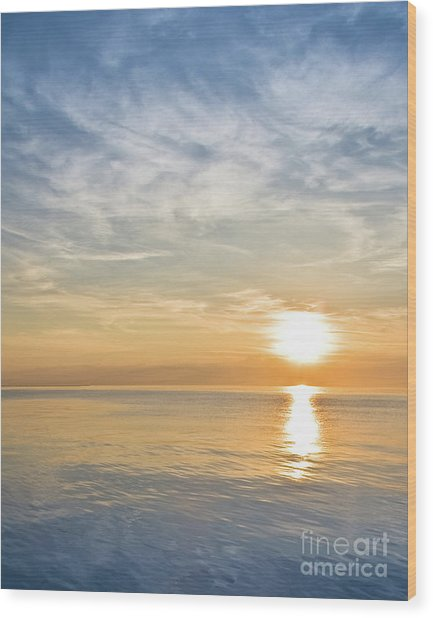 Sunrise Over Lake Michigan In Chicago Wood Print